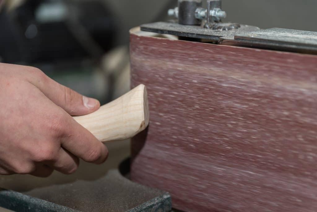 edge sanding wood
